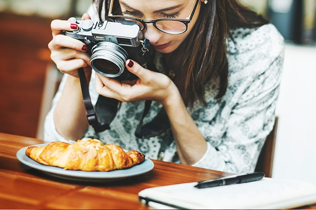 The role of a food stylist